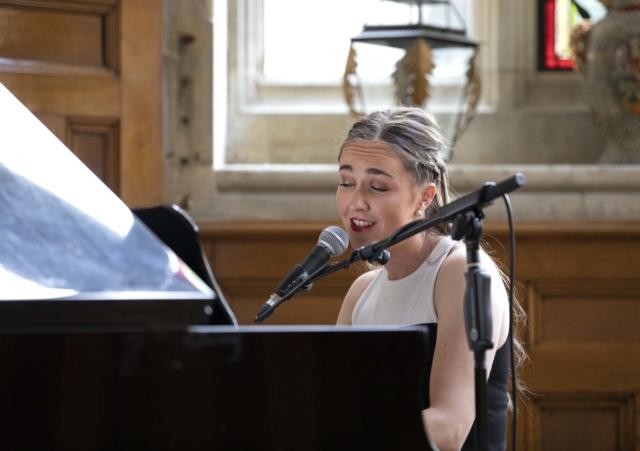 Portrait, Pianist, Singer, Cabaret